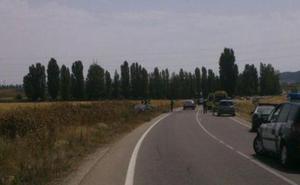 Herido un motorista en Renedo tras colisionar con un corzo que invadió la calzada