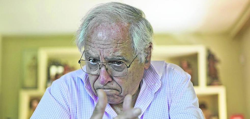 Álvarez Junco: «Pablo Iglesias me parece un pueblerino por decir que no quiere limosna cuando Amancio Ortega dona dinero para investigar sobre el cáncer»