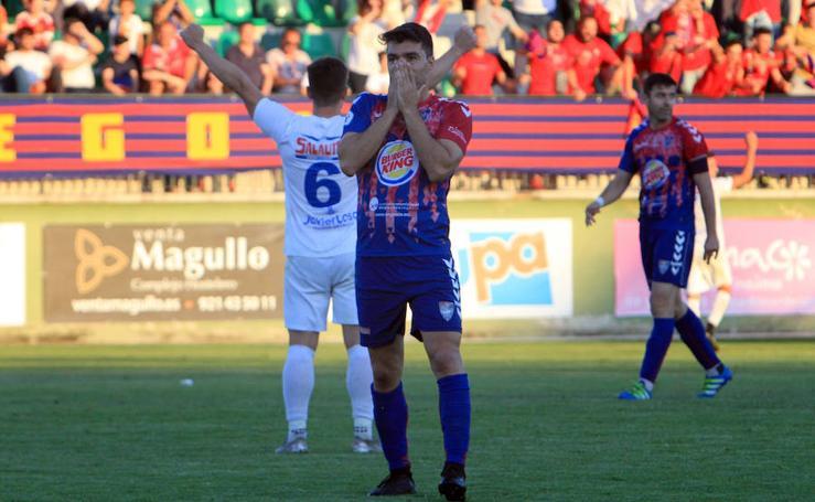 La Segoviana pierde sus opciones de ascenso con la derrota ante el Villarrobledo.