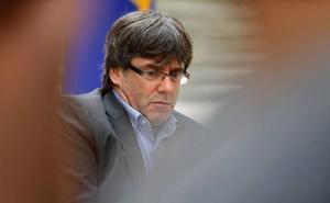 El juez Llarena mantiene la orden de detención a Puigdemont si quiere recoger el acta de eurodiputado