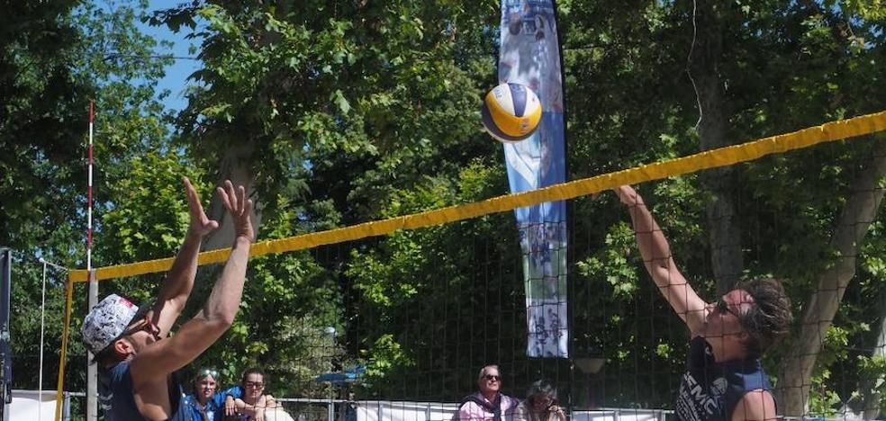 Dominio foráneo en el II Torneo de Voley Playa Ciudad de Valladolid