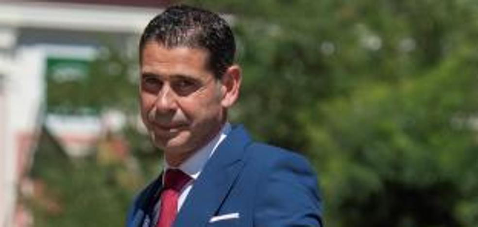 Fernando Hierro se separa de su mujer tras casi 30 años de matrimonio