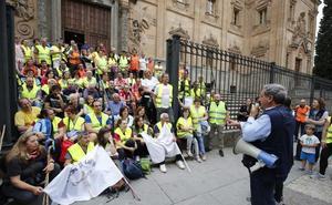 Más de 100 peregrinos participan en la tradicional marcha nocturna al santuario del Cristo de Cabrera