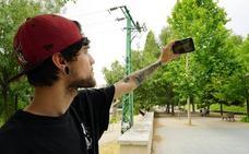 ItsMeAntho, el youtuber vallisoletano que recoge basura en la ciudad