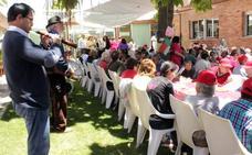 Los residentes del CAMP El Sotillo celebran el Día en Familia