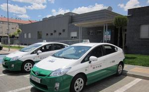 El TSJ dice a los taxistas de Arroyo que su adhesión al sistema de transporte de la capital «es voluntaria»