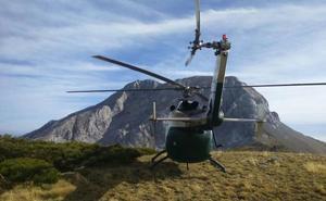 Rescatados en helicóptero dos montañeros atrapados en un nevero en el Espigüete