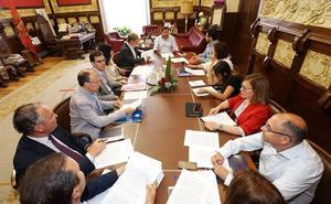 El Ayuntamiento de Valladolid constituye su Junta de Gobierno y toma las primeras medidas