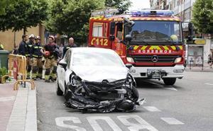 Un herido grave al destrozar su coche otro conductor que sufrió un ataque epiléptico en Valladolid