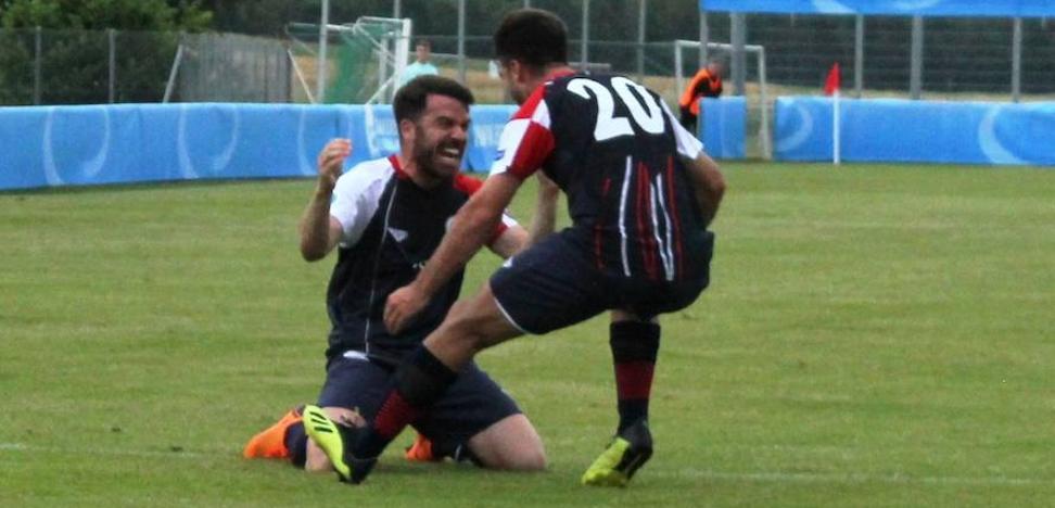 Un gol postrero complica a la selección UEFA de Castilla y León