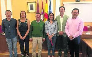 Tres de los diputados del equipo de Carnero continuarán este mandato en la institución