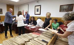 La Fiscalía considera válida la decisión de dejar sin representación a VOX en el Ayuntamiento de León