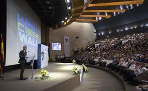 La policía española, líder en la lucha contra la ciberdelincuencia, según Marlaska