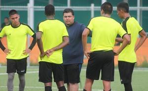 Octavio Mora: «Trejo es un entrenador serio, trabajador y muy buena persona»
