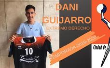 El extremo Dani Guijarro, primer fichaje del BM Salamanca 2019-2020