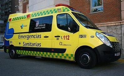 Evacuado al Clínico de Valladolid un conductor de 54 años al salirse su coche de la autovía de Pinares