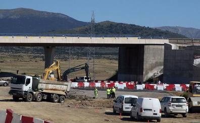 Cierra dos meses el ramal que enlaza la carretera de San Cristóbal de Segovia con la SG-20 en sentido Madrid