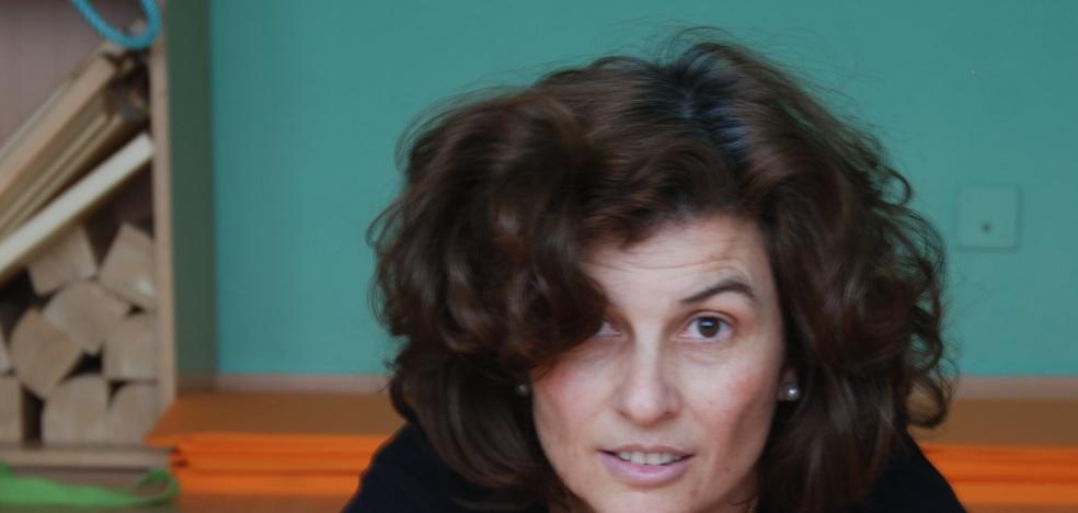 Gloria Alcaide: «El yoga es una actitud ante la vida; es estar presente aquí y ahora»
