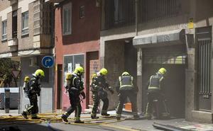 Los bomberos sofocan un incendio en un ascensor de un garaje en Salamanca