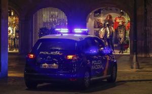 Dos detenidas por forzar las cerraduras de siete vehículos para robar en su interior