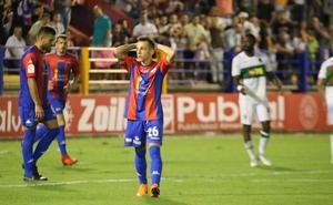 El extremo Álvaro Romero desvela que jugará en Unionistas CF