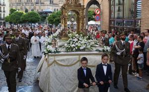 Más de 450 años de tradición vuelven a tomar las calles con la Minerva