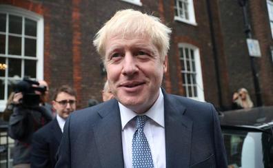 Los británicos, perplejos ante los 'autobuses' de Boris Johnson