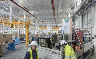 Renfe ha traslado ya al 25% de los trabajadores del viejo al nuevo taller de Valladolid
