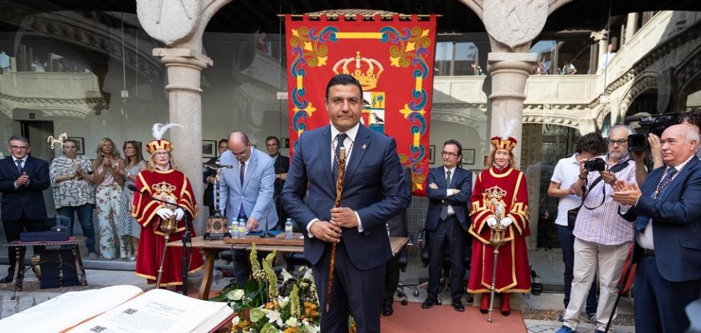 Carlos García, del PP, elegido presidente de la Diputación de Ávila por mayoría simple