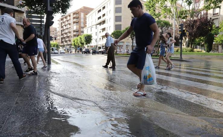 Reventón en la calle María Auxiliadora de Salamanca