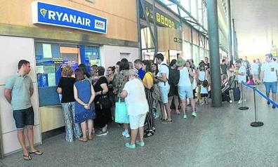 Retraso de varias horas en el vuelo Valladolid-Barcelona