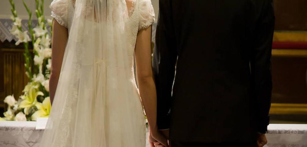 Investigan a una pareja vallisoletana que quería casarse en Gijón haciendo un 'sinpa'
