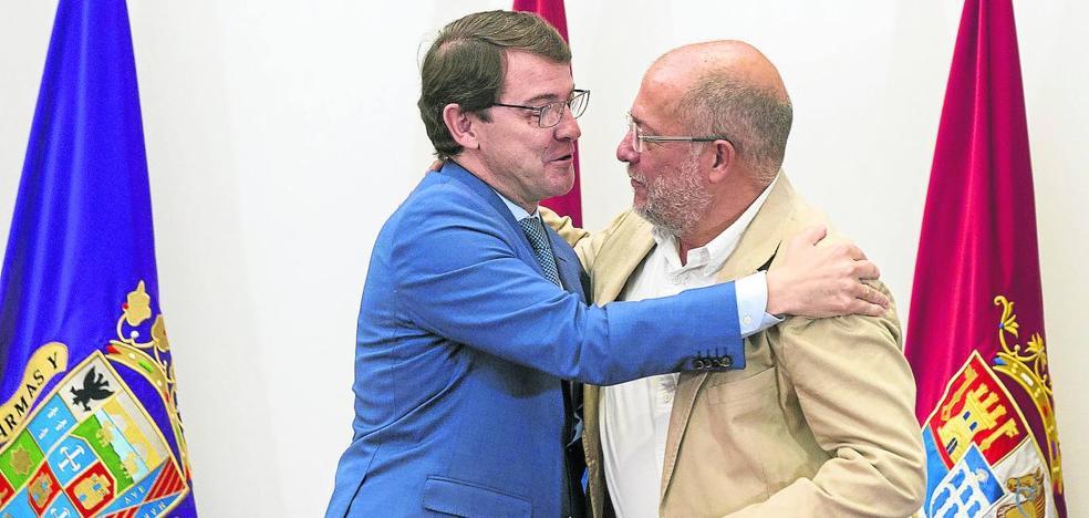 Mañueco e Igea nombrarán a sus consejeros en la Junta sin la posibilidad de ser vetados