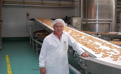 La patronal palentina premia la trayectoria empresarial de gerente de Productos Virgen del Brezo