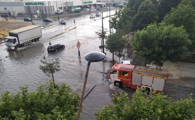 La tromba de agua caída ha dejado imágenes impactantes