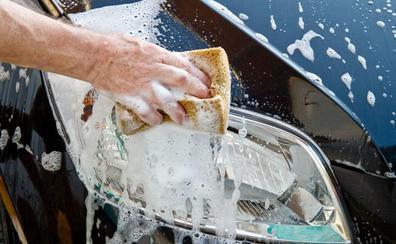 Multas de hasta 3.000 euros por regar el jardín o lavar el coche en Barruelo de Santullán