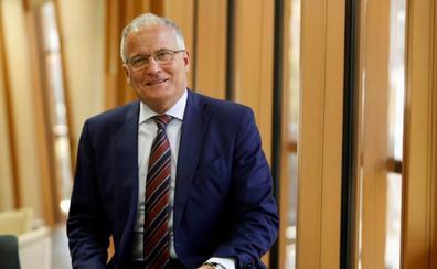 Josep Bou clausura el curso del Foro Ecónomico de El Norte