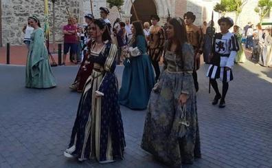 Mojados vuelve al Renacimiento y a revivir la llegada de Carlos I