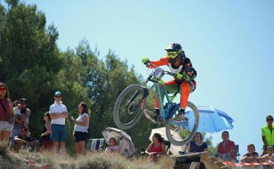 Baltanás disfruta de un descenso sobre ruedas gracias a su IV Downhill