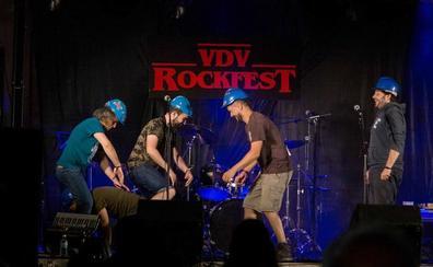 Valdevarnés invoca a ritmo de rock la supervivencia rural