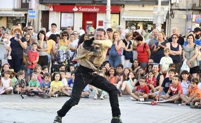 Magia a un palmo del público en El Espinar