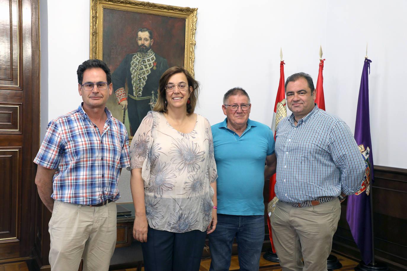 La Diputación y el Ayuntamiento de Santervás de la Vega estudian las necesidades de la localidad