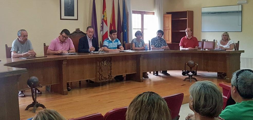 El Ayuntamiento de Salas decreta tres días de luto oficial y celebra un pleno extraordinario para condenar el asesinato