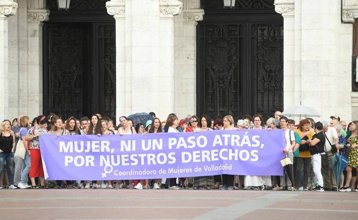 Concentración en Valladolid en apoyo a la menor víctima de una presunta violación en grupo en Manresa