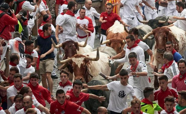 Los toros de José Escolar protagonizan un encierro rápido y limpio