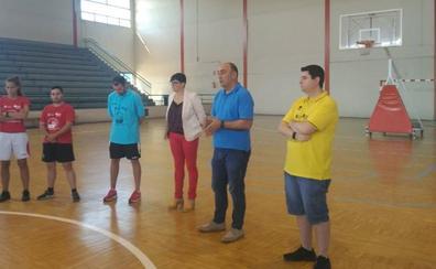 El triatlón se incorpora al Programa 'Especialízate' de la Diputación