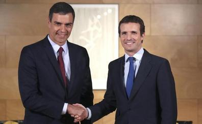 Casado sugiere al líder del PSOE que piense en «coaliciones de gobierno»