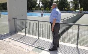 Un agente de seguridad vigilará las piscinas del Sotillo y del Monte en Palencia hasta fin de temporada