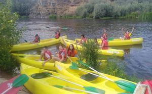 El Balneario de Ledesma acoge por primera vez a un grupo internacional de escolares
