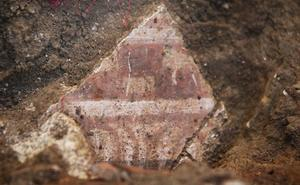 Hallan restos de una casa romana y pinturas murales en el centro de Palencia